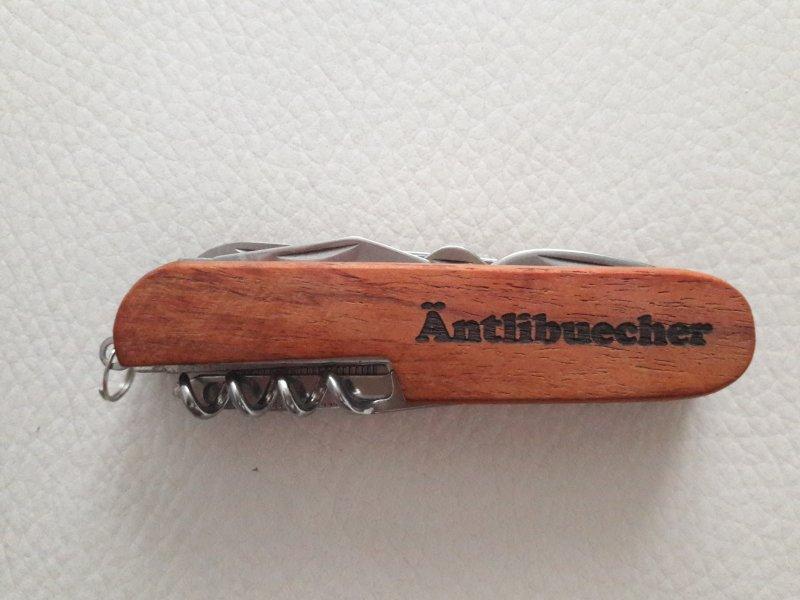 edles Sack- / Taschenmesser in Holzoptik mit Name beschrifet