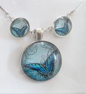 wunderschönes Schmuck-Set mit Halskette und Ohrsteckern Schmetterling blau